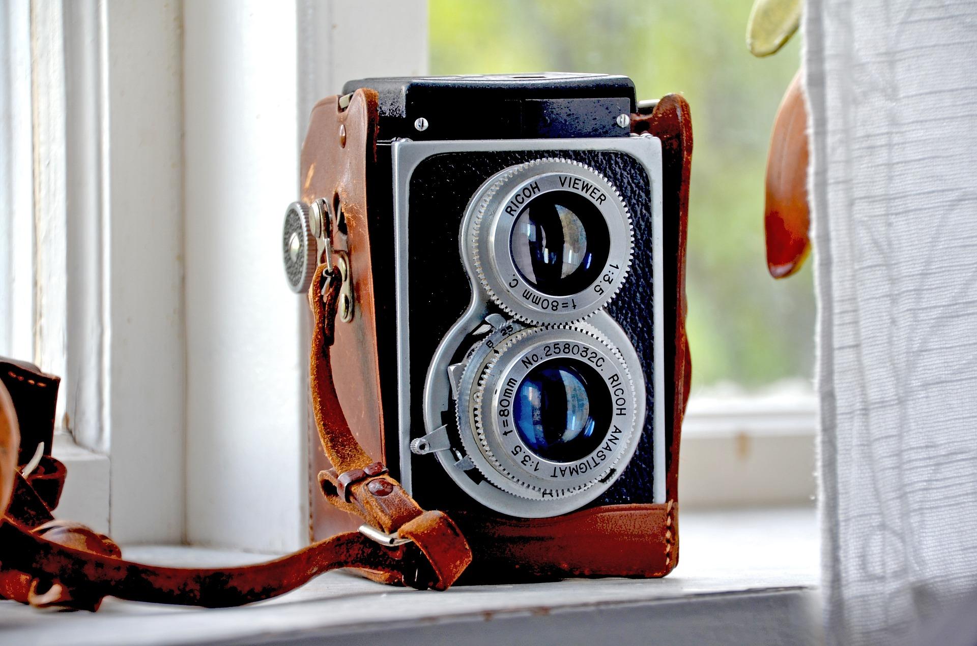 camera-813814_1920